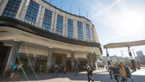 Urban Court - Ingang van het treinstation Brussel Centraal
