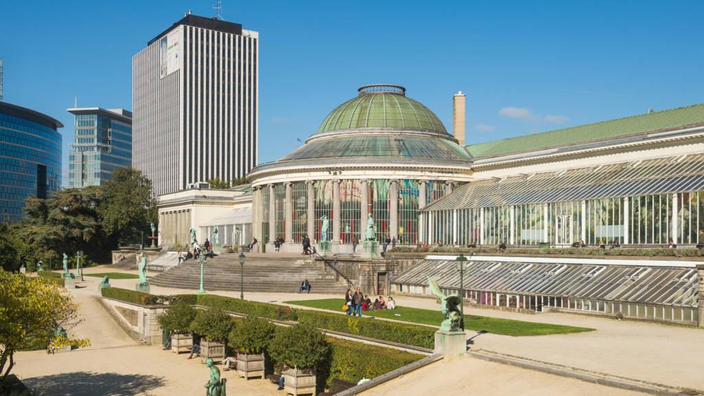 Urban Court - Le Botanique recht ingang uitzicht